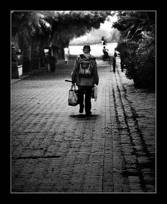 É hora de ir Ir é sempre triste Mas eu volto Todo dia  Eu volto a São José do Calçado Volto saudade no coração Mas volto...