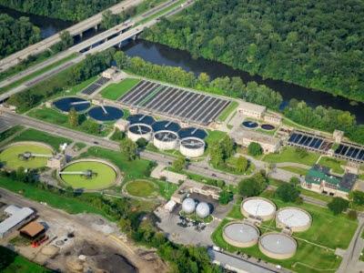 Xây dựng các nhà máy xử lý nước thải
