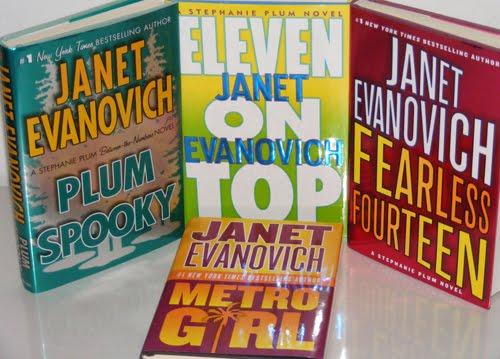 PLUM SPOOKY #4 by Janet Evanovich (2009, HC/DJ) 1st/1st