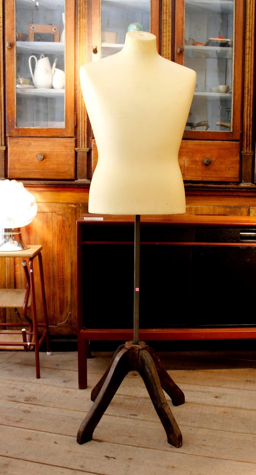 Vintage 4p tu tienda de muebles vintage en madrid los - Muebles el rastro ...