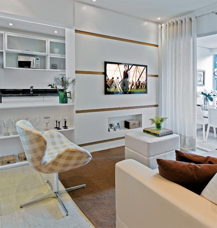 GRUPO MULT CORRETORA Apartamento decorado de 70 m² parece maior com