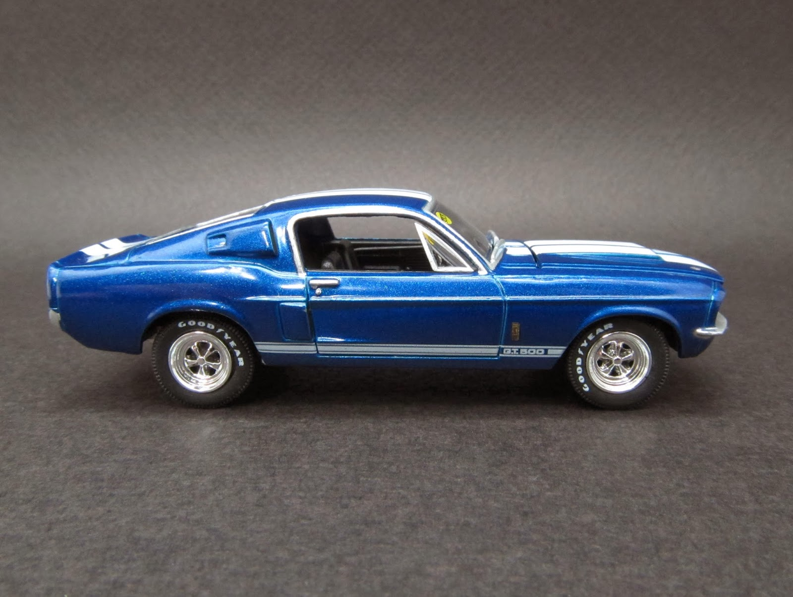 Diecast Hobbist: 1967 Shelby Mustang GT500 Fastback