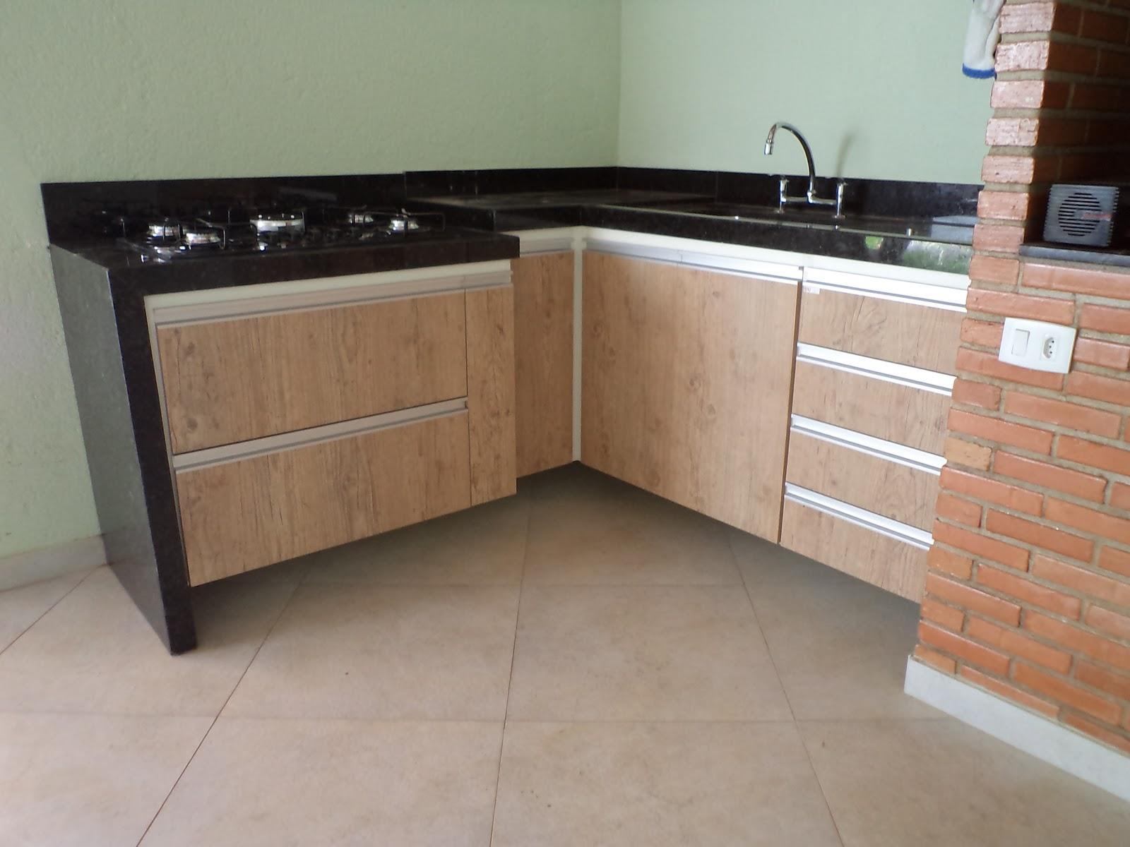 #8C5B3F cozinha planejada em mdf de 15mm no padrão branco com frentes de  1600x1200 px Projetos De Cozinha Externa_5445 Imagens