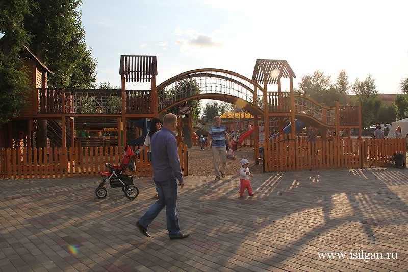 """Парк """"Лукоморье"""". Город Магнитогорск. Челябинская область."""