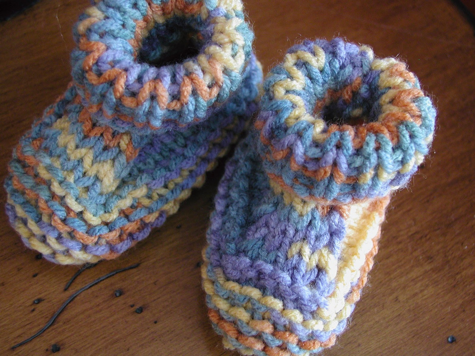 Fiddlesticks - My crochet and knitting ramblings.: Baby Booties