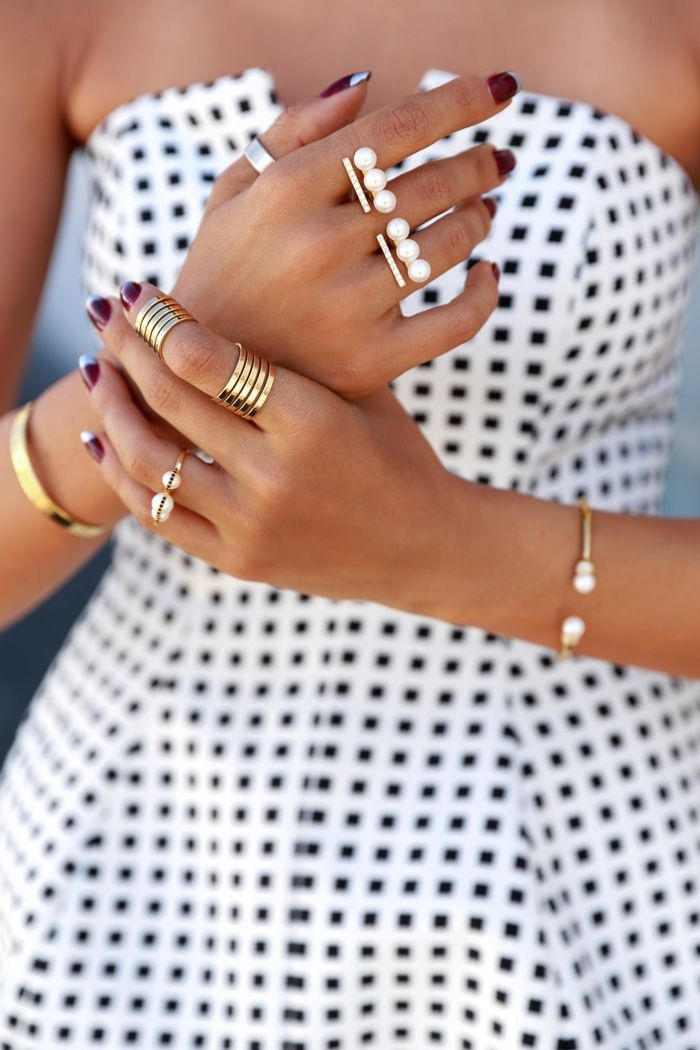 tips and tricks on how to stack your rings, step by step Guide To Stacking Jewelry