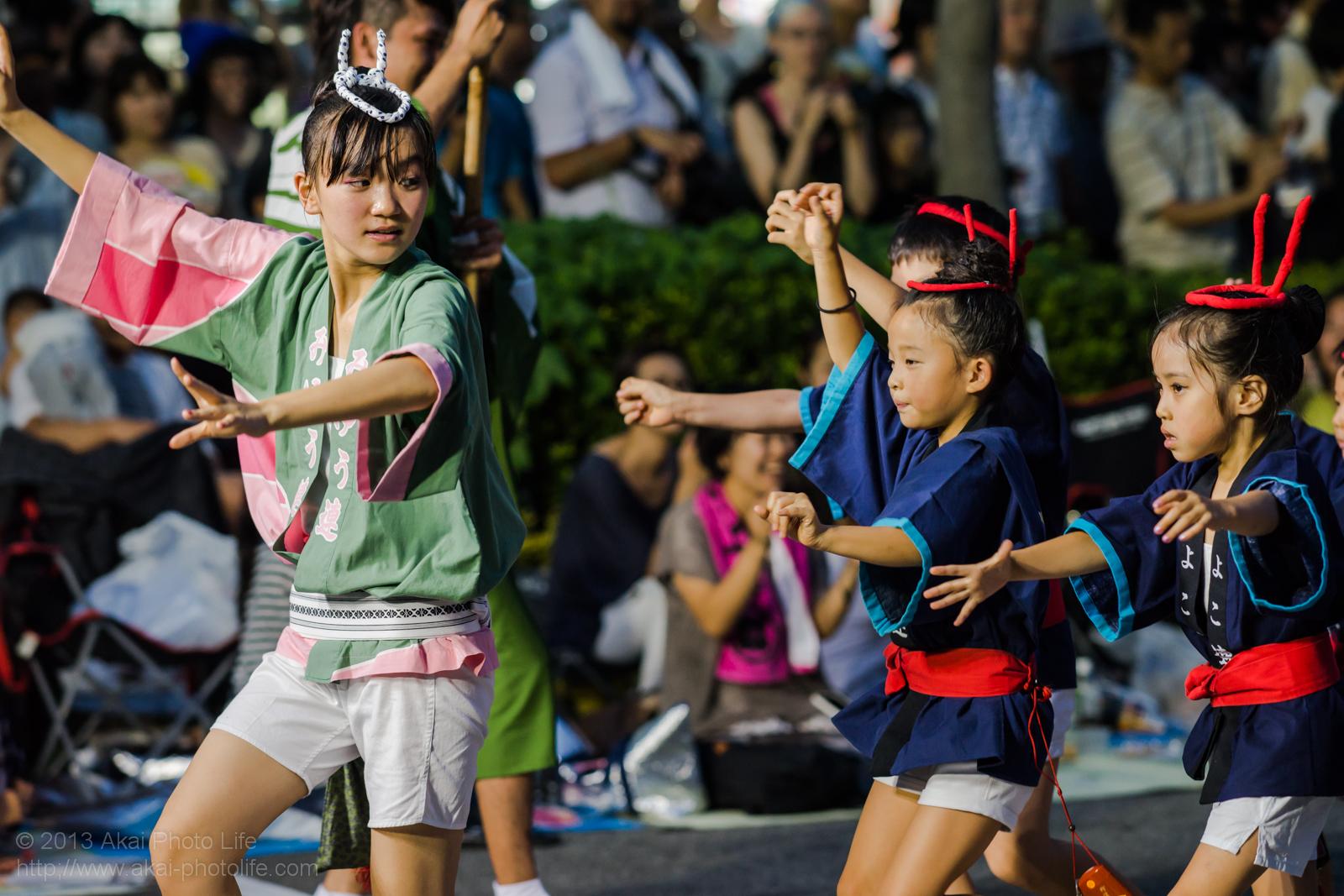 高円寺阿波踊り 美遊ひよこ連の子供達による男踊り