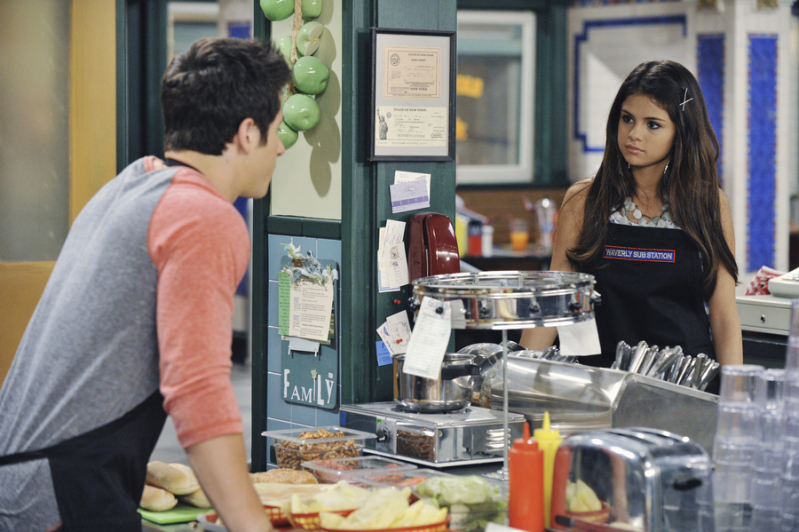 Watch Wizards of Waverly Place Episodes Online SideReel