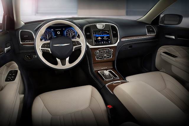 Interior view of 2015 Chrysler 300C