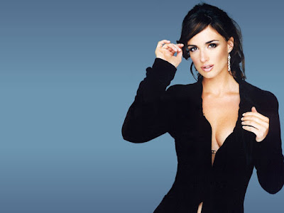Hot Beauty Paz Vega Wallpaper