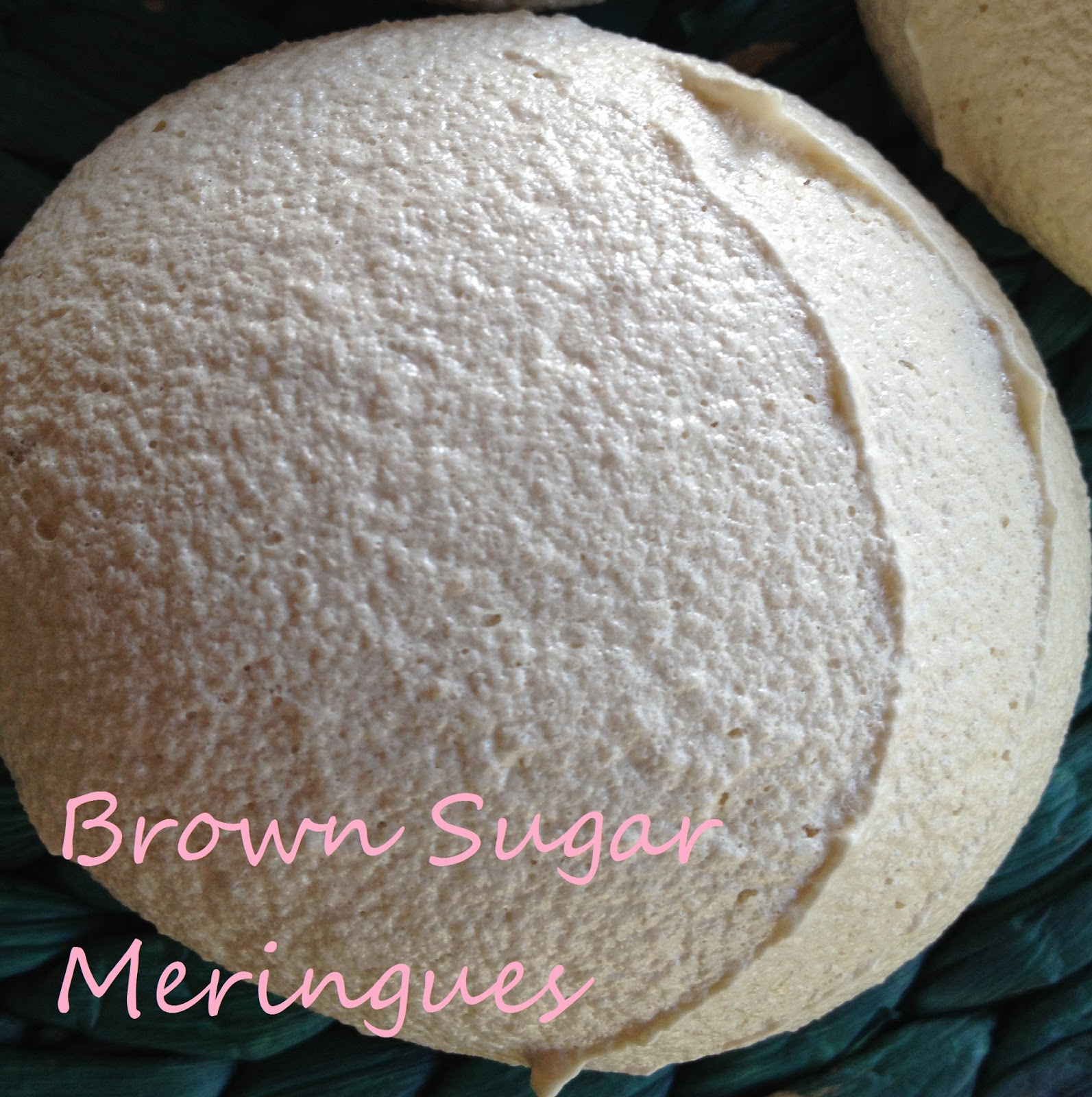 Amy's Mixing Bowl: Brown Sugar Meringues