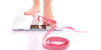 5 Cara Mudah dan Aman Turunkan Berat Badan Bagi Yang Tak Sempat Olahraga dan Diet