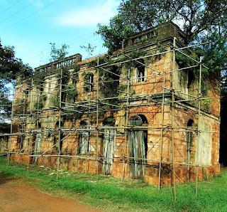 Ruínas do Sobrado Silva, em São Nicolau, Rio Grande do Sul.