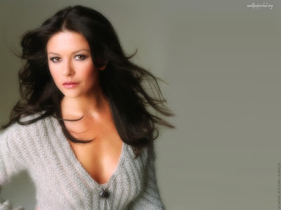 Catherine Zeta Jones Lovely Wallpaper