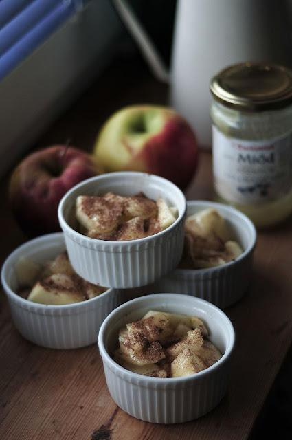 mini tarta jabłkowa jabłkowe  deser jabłkowy