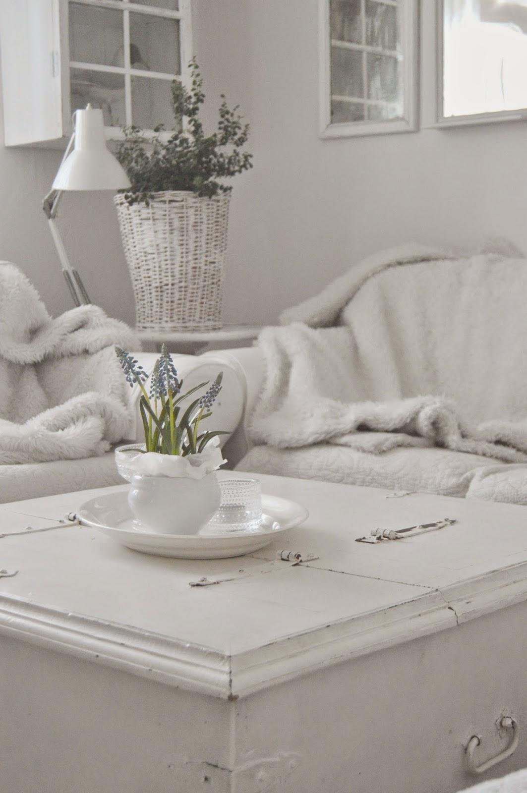 Hagbacken.blogspot.se ~: vardagsrum och pärlhyacinter