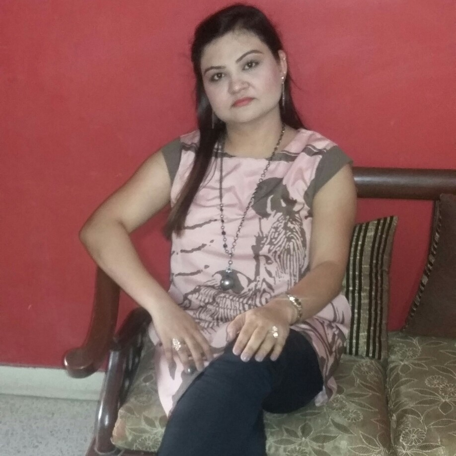 hello friends sana is a beautiful and cute girl from dhaka bangladesh she likes to be fit and healthy in order to look beautiful and good girl