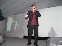 Douglas Lim's comedic act