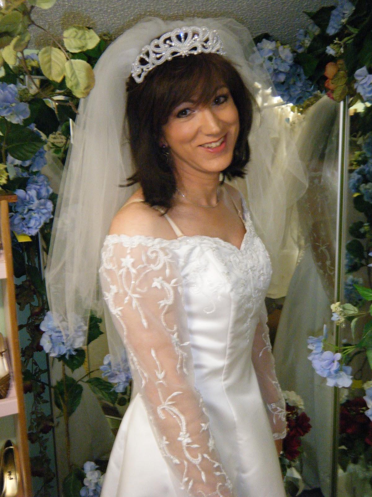 Транссексуалка невеста службы