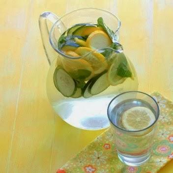 Benefits of Lemon Cucumber Water