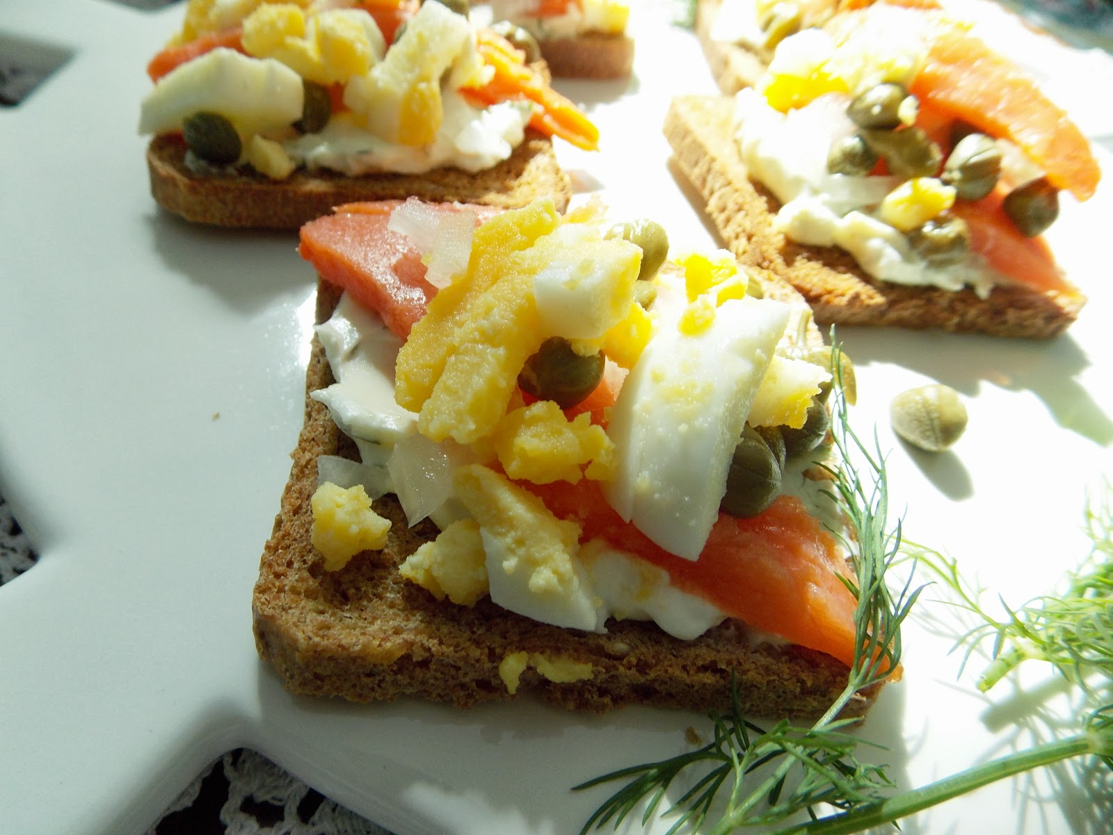 Creamed Eggs On Toast Points Recipe — Dishmaps