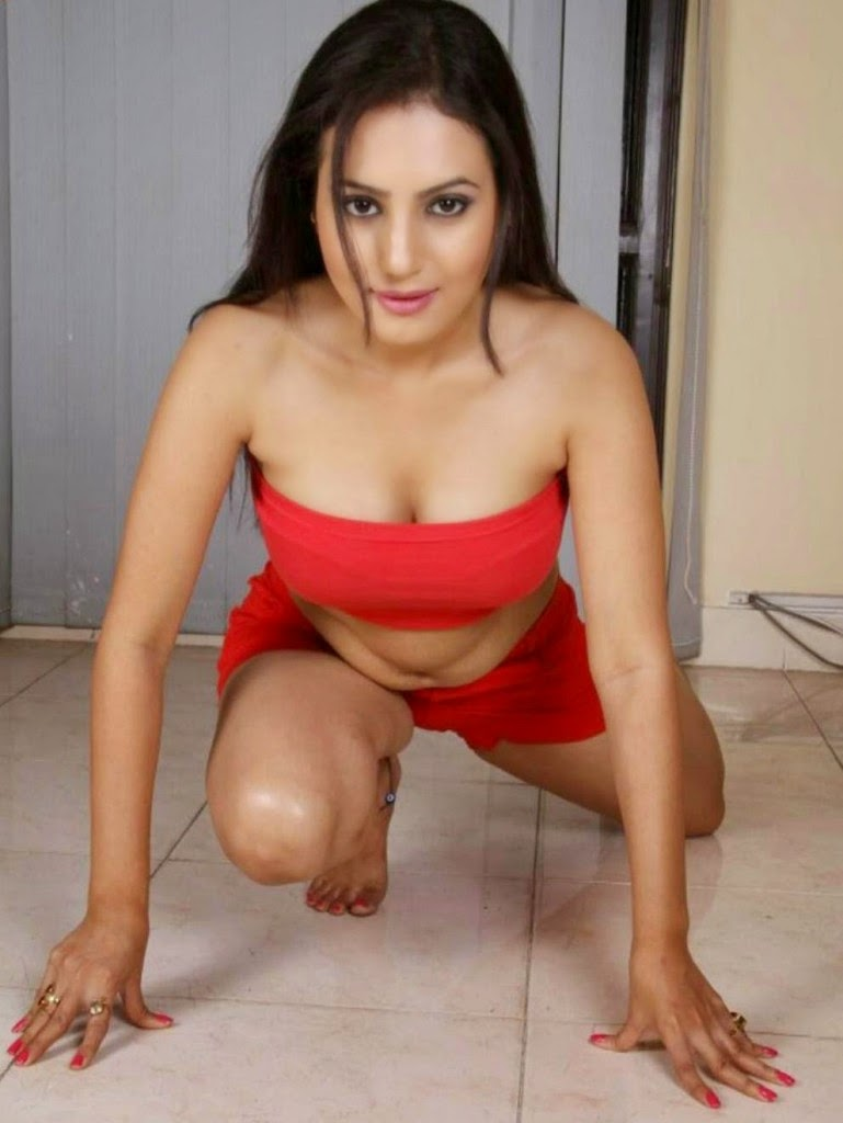 Anusmriti Sarkar Latest Hot And Spicy Photos