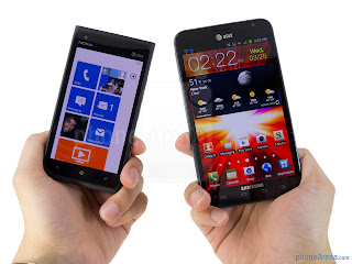 Nokia-Lumia-900-vs-Samsung-Galaxy-Note-LTE
