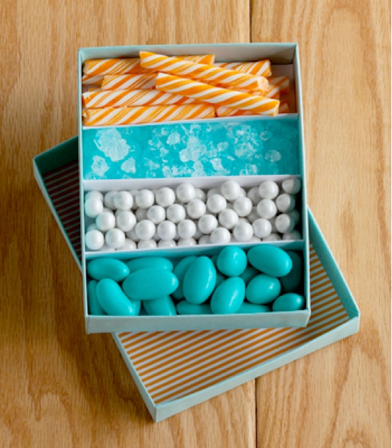 DIY Nautical Candy Favor Box by Confetti Pop for Mrs. Lilien's baby shower | via Sweet Tooth