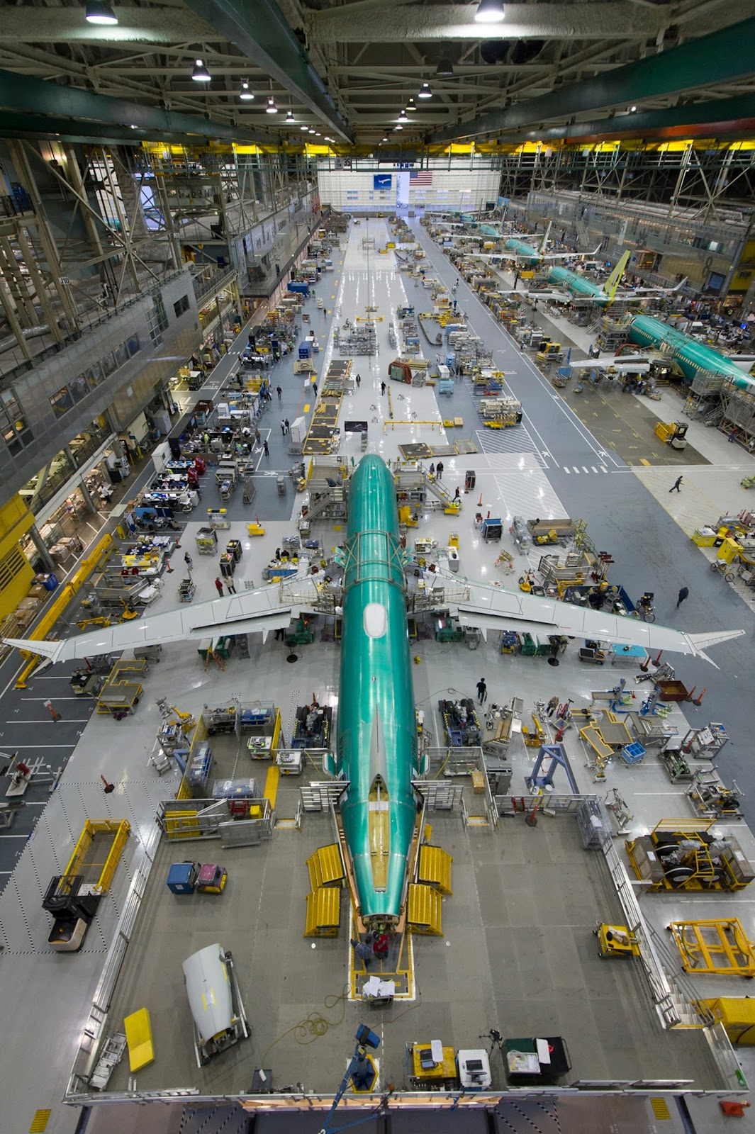 É MAIS QUE VOAR | Boeing Begins Final Assembly of First 737 MAX