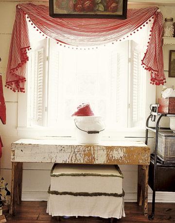 Living Room Window Treatments on Veluxe Interiors  Window Treatments