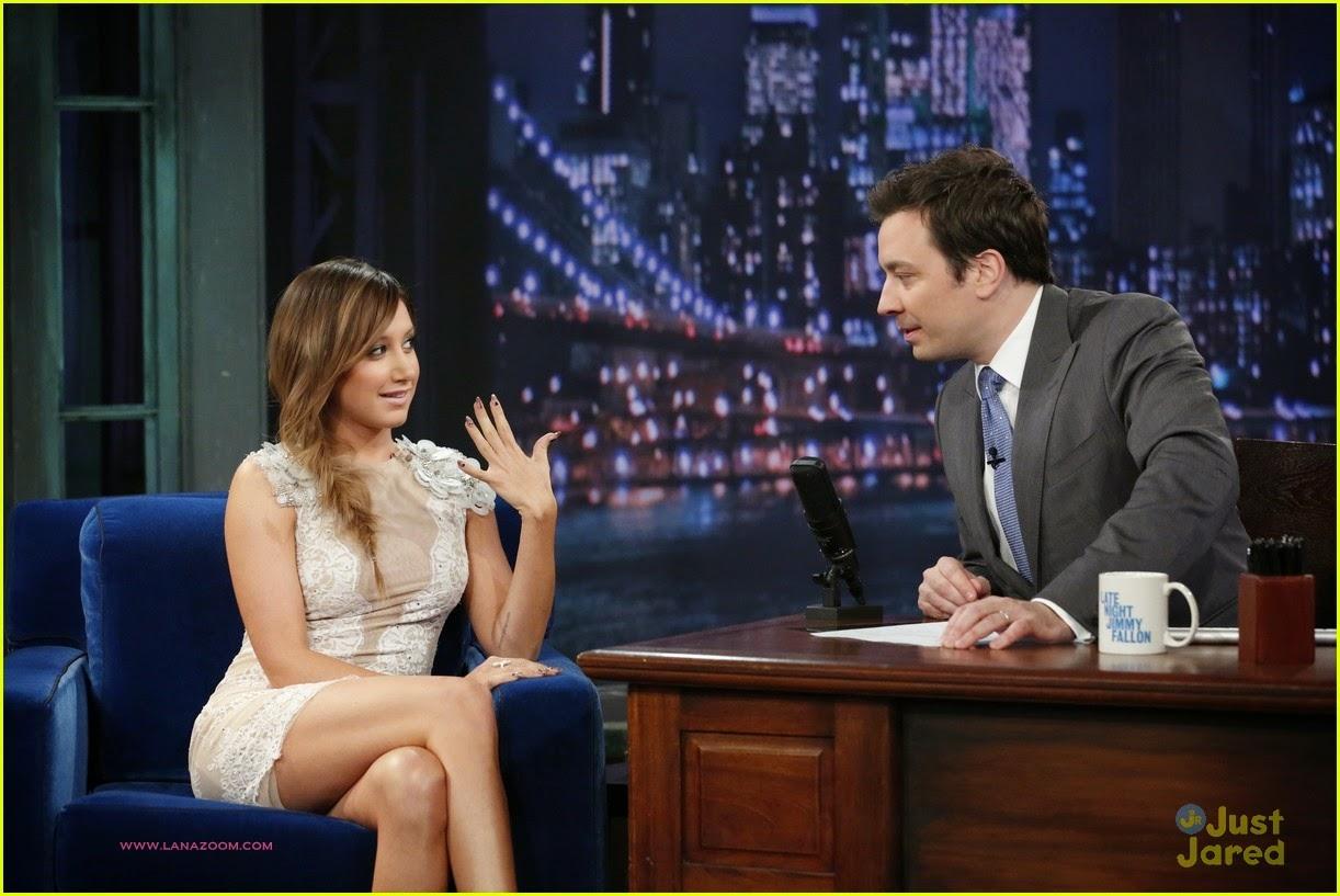 صور آشلي تيسدال في برنامج Late Night مع جيمي فالون في مدينة نيويورك