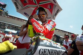 Rossi Kemabali ke Yamaha