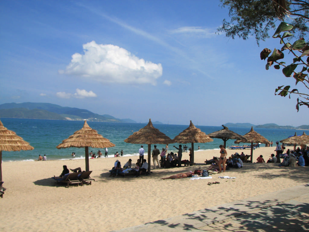 nha trang Explore nha trang holidays and discover the best time and places to visit | the high-rise, high-energy beach resort of nha trang enjoys a stunning setting: it's ringed by a necklace of.
