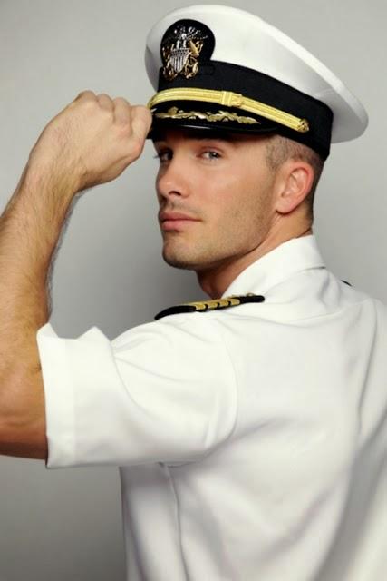 gay videos военные