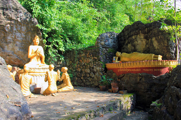 Tuesday Buddha Statue in the Phou Si Hill
