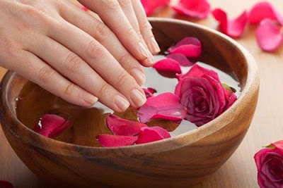 8 Tricks to nourish and protect your nails