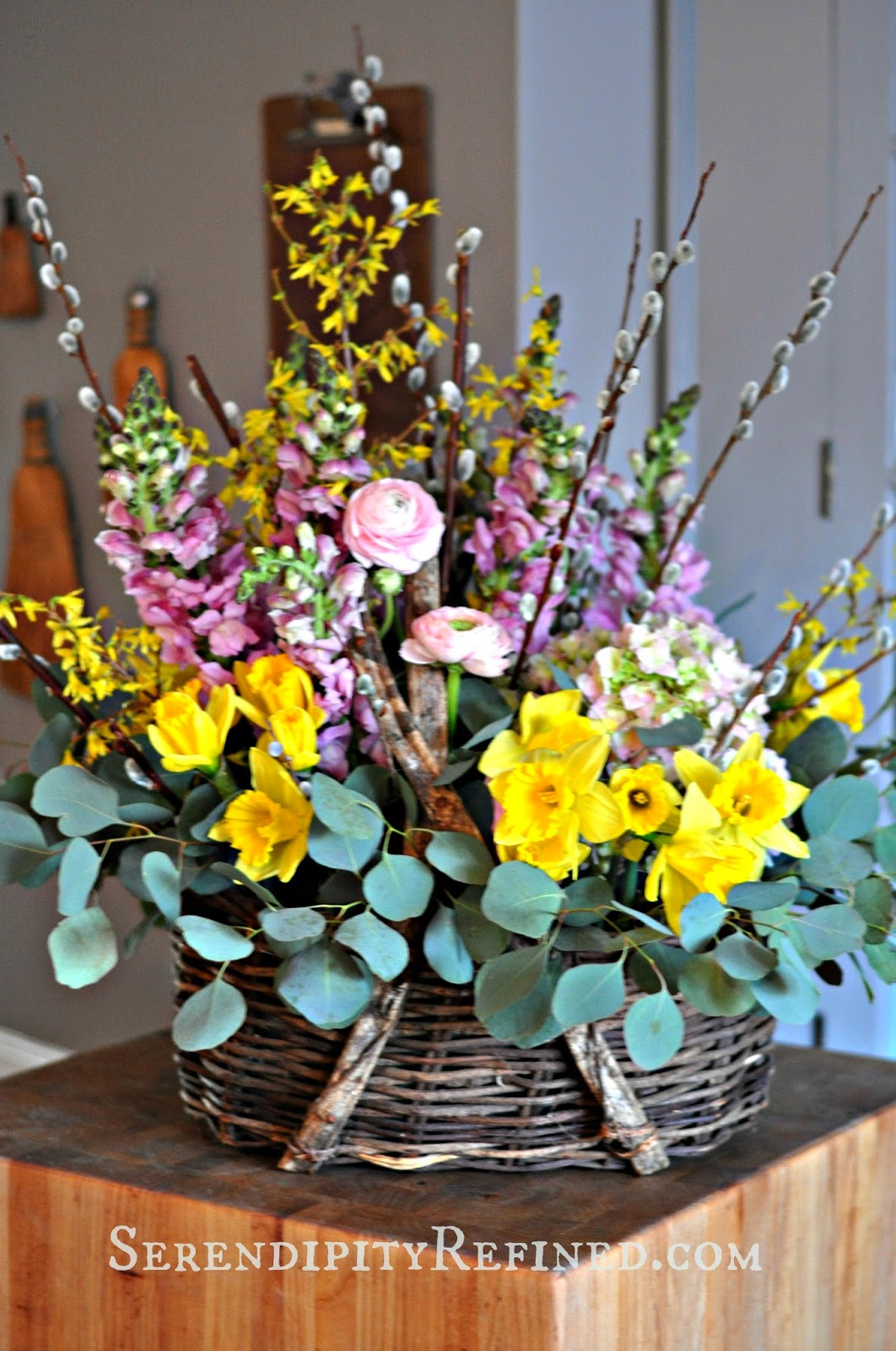 Serendipity refined blog spring flower basket easter table centerpiece - Easter table decorations meals special ...