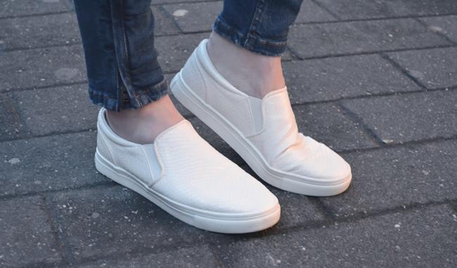 weiße slipons H&M SlipOn-Trend Outfit mit Slip Ons