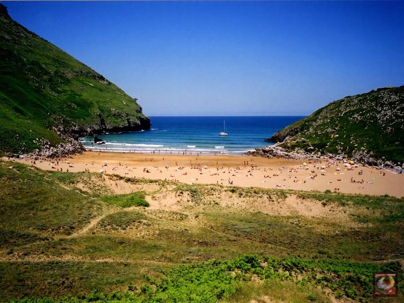 Playa del Arenal de Sonabia, Liendo, Cantabria