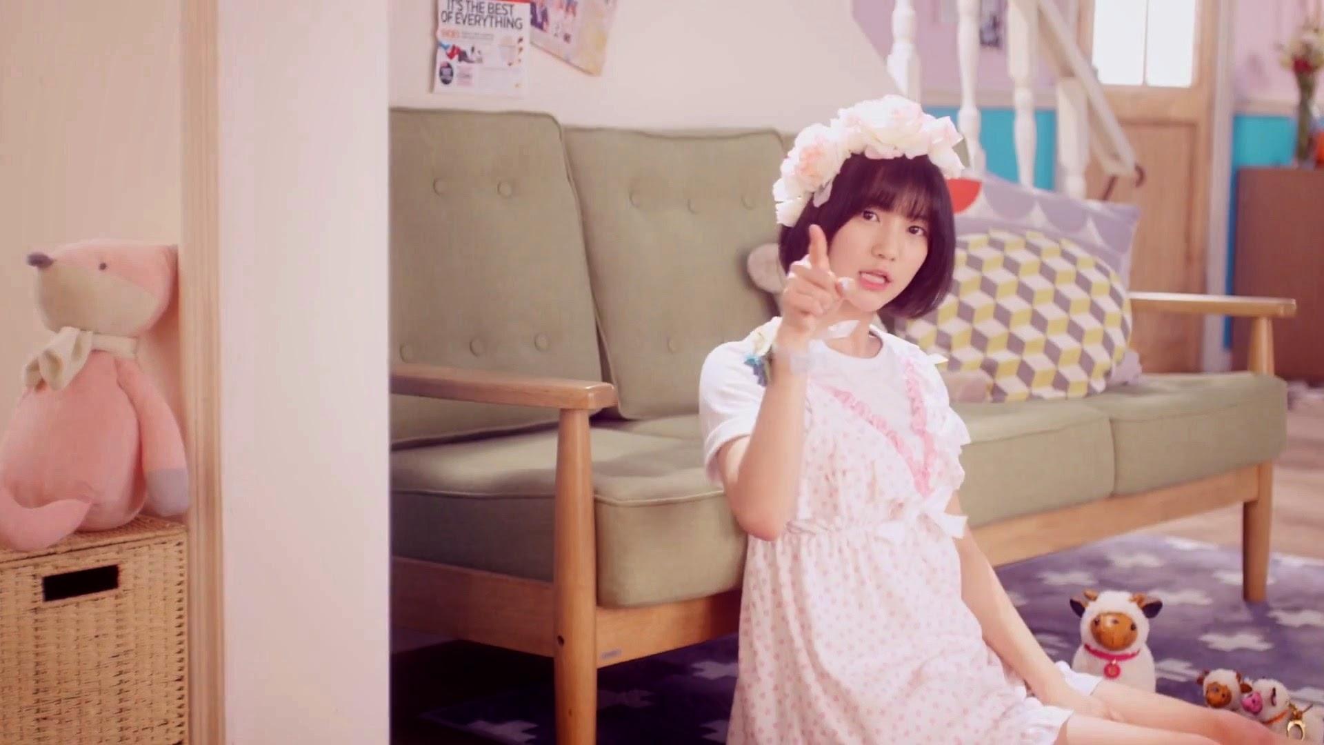 Oh My Girl's Binnie in Cupid MV