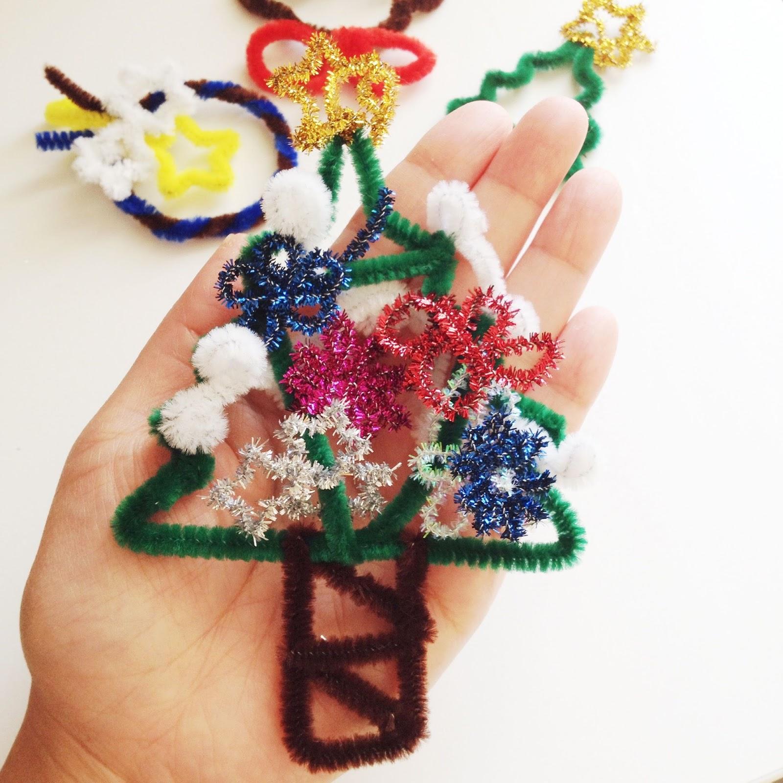 Yukamila art pipe cleaner crafts christmas ornaments 2013 for Pipe cleaner christmas crafts