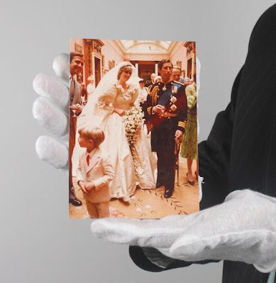 Diana hercegnő, Károly herceg, Diana-Károly esküvő, fotó, RR Auction, Prince Charles, royal wedding