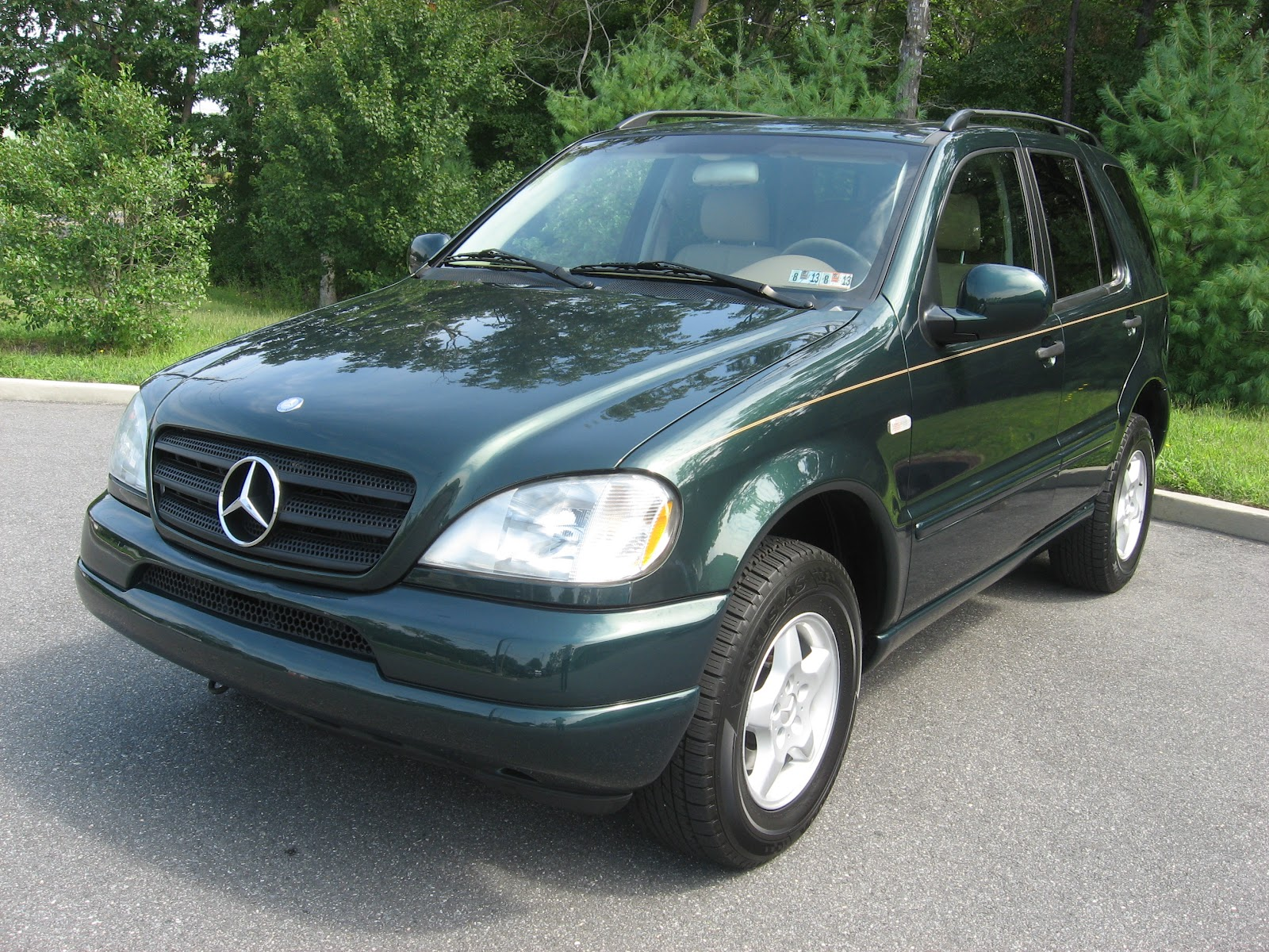 Pumpkin fine cars and exotics mercedes benz ml 39 s in all for Mercedes benz ml price