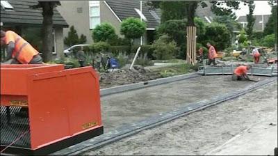 pengerjaan paving jalan di belanda