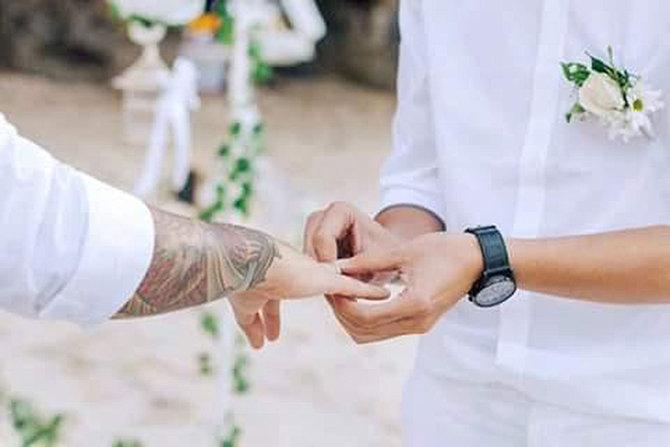 Foto Pernikahan Gay di Bali