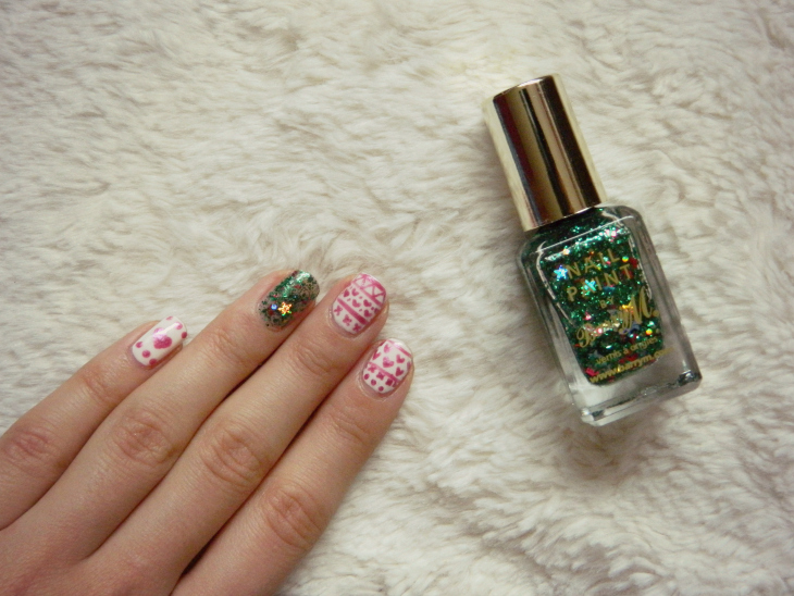 Love From Lisa Barry M Christmas Tree Nail Art