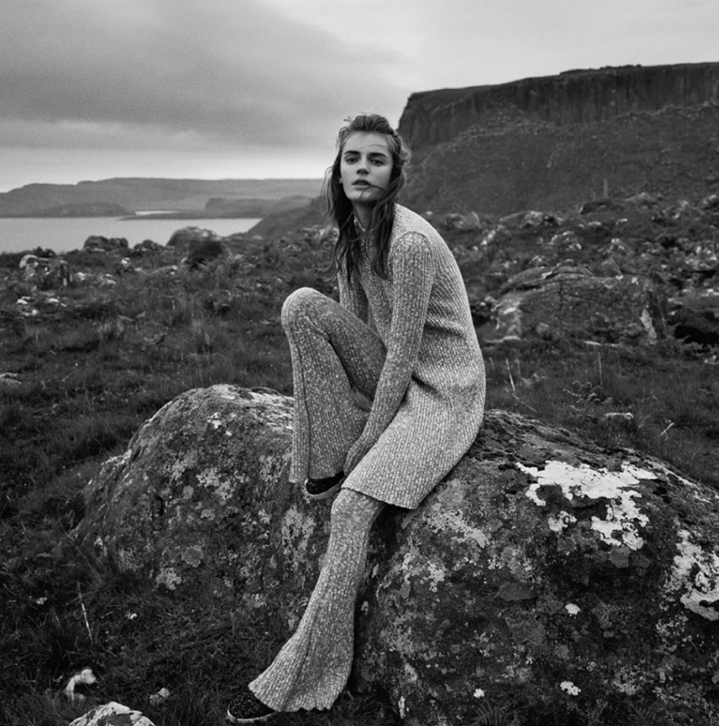 Laura Kampman photographed by Laurie Bartley for Elle (UK), Sept. 2014, black and white scottland, knitted bell-bottom flare pants, matching sweater pants and top