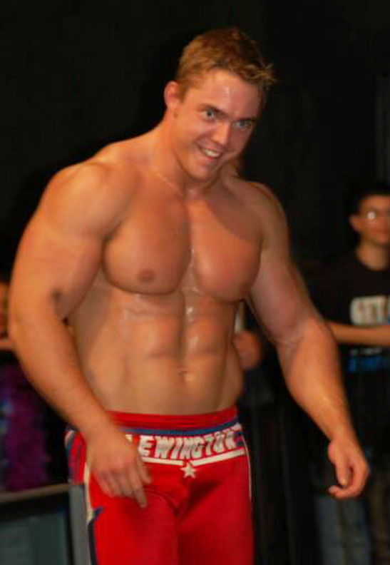 Wrestler Sexy 76
