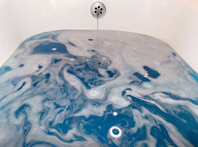 Lush Oxford Street- Intergalactic Bath Bomb