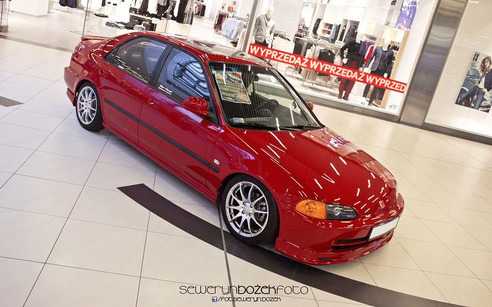 Honda Civic V sedan, popularny samochód, znany, billeder, czerwona